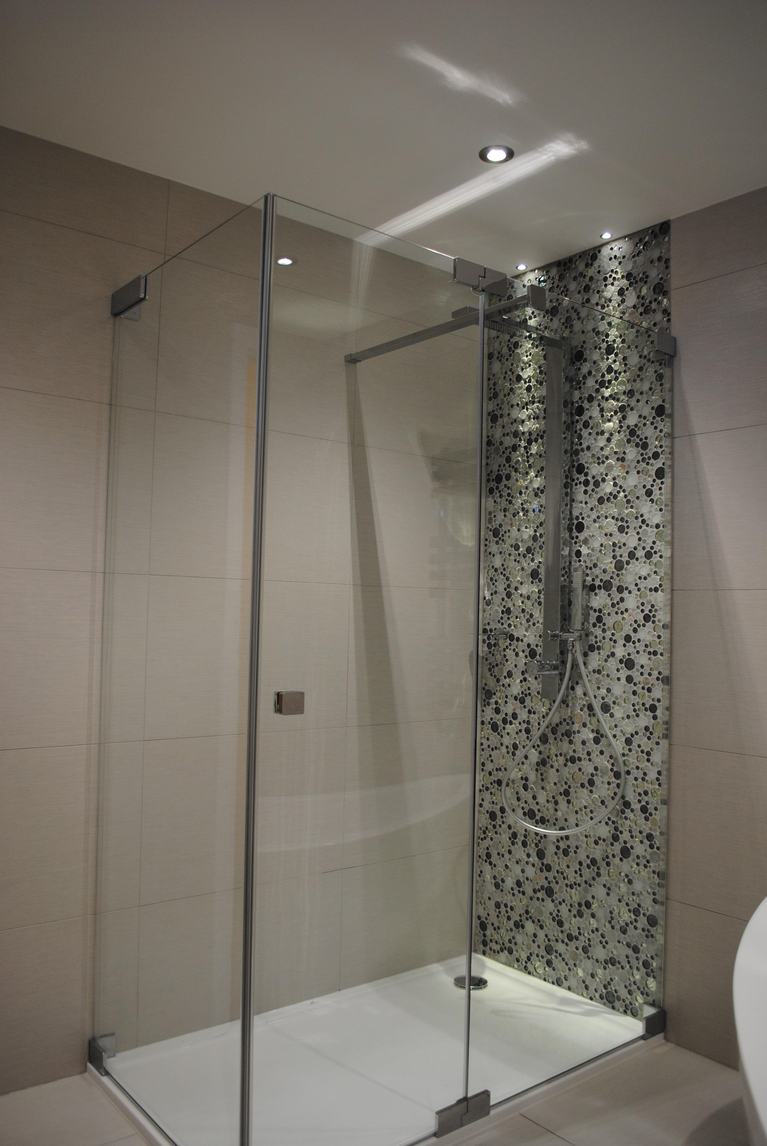 Walk In Shower – Bathroom Solutions